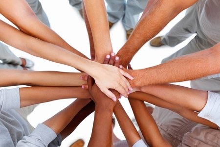 Systém rozděluje, lidé sjednocují!